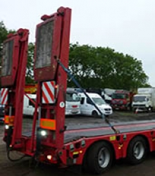 Low loader, Crane & Trailer